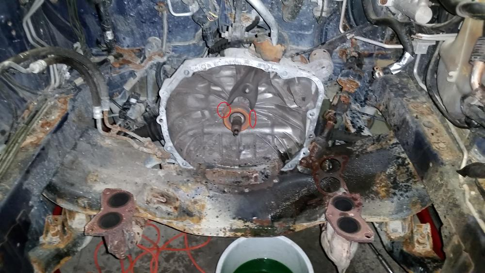 2.5RS Engine swap to EJ203 SOHC non turbo-clips-release-bearing.jpg