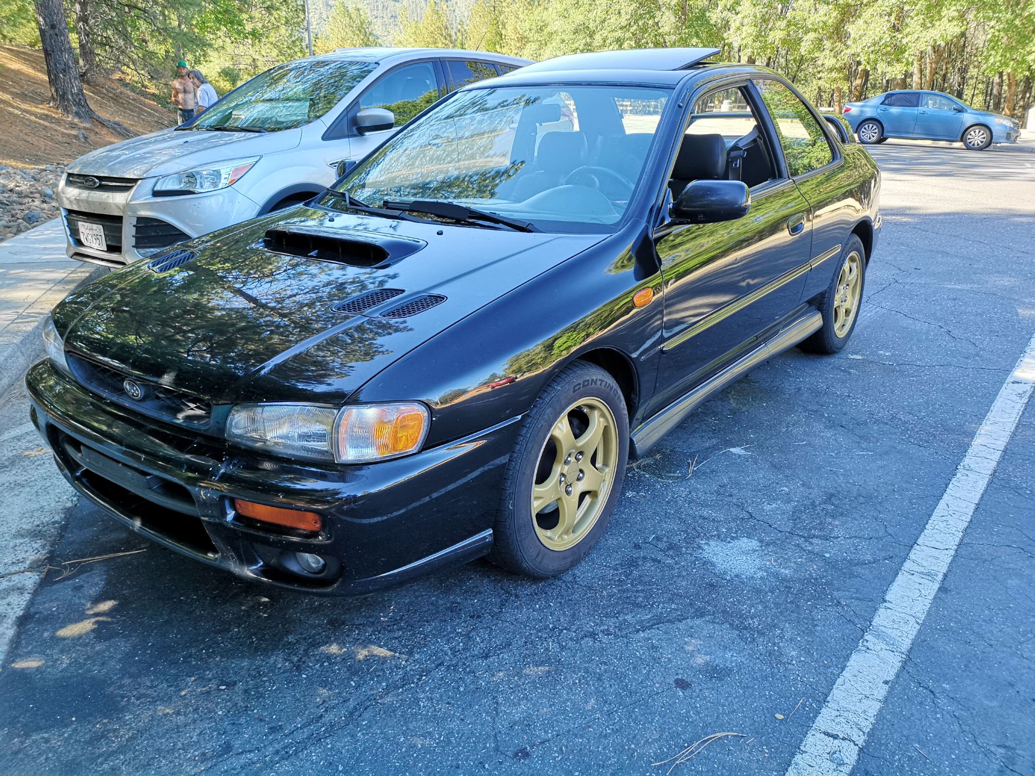Black 1998 RS Coupe-drivehometurnout.jpg
